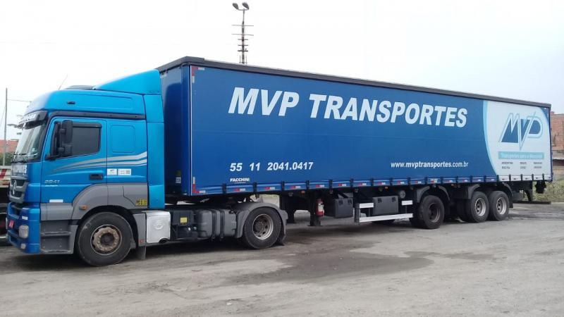 Transportadora internacional para Bolívia