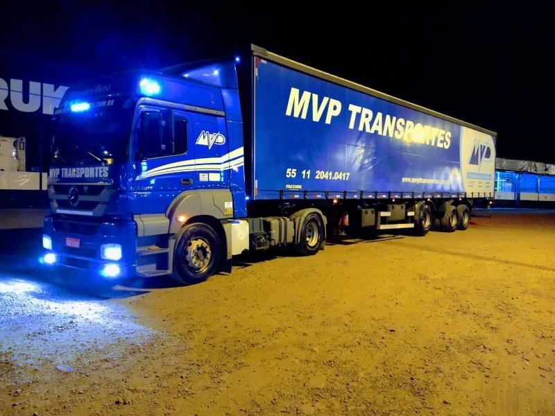 Transporte internacional de cargas perigosas